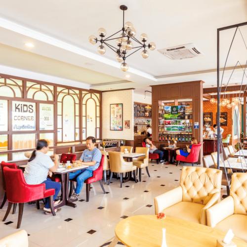 Café Sinouk Sokpaluang - The best café-restaurant in Vientiane